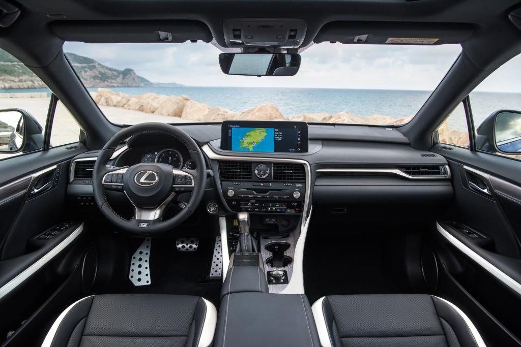 Lexus RX_interior_1